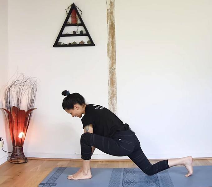 Hanches & Equilibre | Vers Eka Pada Koundinyasana II